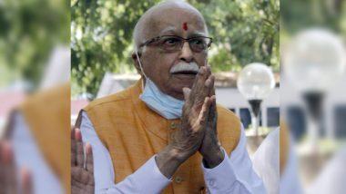 Babri Masjid Demolition Case: LK Advani Chants 'Jai Shri Ram' After Acquittal (Watch Video)
