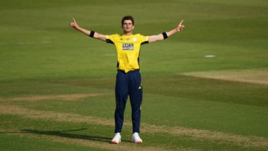 Shaheen Afridi Hat-Trick Video: Pakistan Pacer Picks 4 Wickets in 4 Balls During Hampshire vs Middlesex Vitality T20 Blast 2020; Ends up With Figures of 6/19