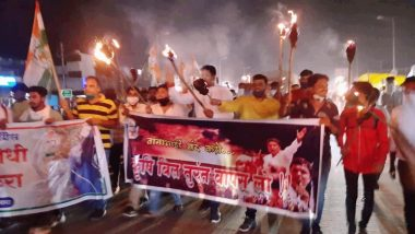 Farm Bills Protests: Youth Congress Takes Out Torch Rally in Delhi Against Government
