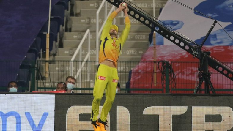 Faf Du Plessis Funny Memes Go Viral Courtesy His Spectacular Catches and Fielding Efforts During MI vs CSK, Dream11 IPL 2020 Match