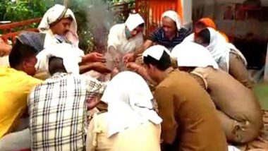 Kanpur Policemen Organises 'Havan' at UP Police Station to Get Rid of Bikru's Evil Spirits