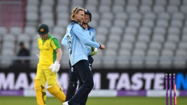 David Warner Trolled Brutally After Getting Out to Part-Timer Joe Root During ENG vs AUS 3rd ODI (See Funny Memes and Reactions)