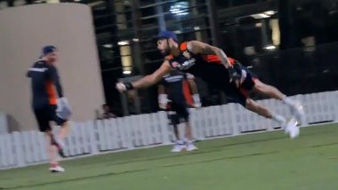 RCB Captain Virat Kohli Takes Stunning One-Handed Catch in Practice Session Ahead of IPL 2020 (Watch Video)