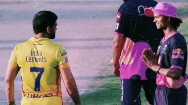 Yashasvi Jaiswal's Namaste Greeting to MS Dhoni at the Start of RR vs CSK Dream11 IPL 2020 Match in Sharjah is Going Viral! (Watch Video)
