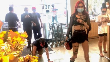 BDSM in Public? Pic of Girl Putting Her Partner on Leash Sparks Debate Online, Internet Is Divided if Couples Should Engage in Kinky Sexual Practice in Public Places or Not