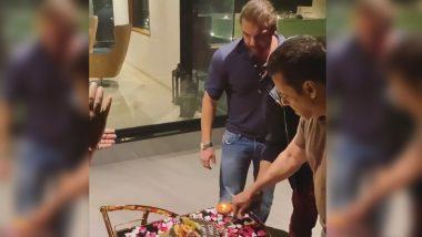 Salman Khan, Sohail and Sajid Celebrate Late Wajid Khan's Birth Anniversary in a Special Way (Watch Video)