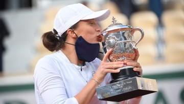 Iga Swiatek, Poland's 19-Year-Old Beats Sofia Kenin 6-4, 6-1 for French Open 2020 Title at Roland Garros