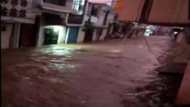 Hyderabad Rains: Heavy Overnight Showers Wreak Havoc; Flash Floods in Parts of The City (Watch Videos)