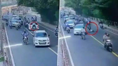 Delhi Traffic Policeman Dragged on Car's Bonnet For Few Metres After He Attempted to Stop Vehicle For Traffic Rule Violation, Shocking Video Caught on CCTV