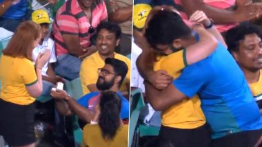 Indian Cricket Team Fan Proposes to Australian Girlfriend at SCG During IND vs AUS 2nd ODI 2020, Video Goes Viral