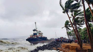 Cyclone Nivar to Make Landfall Today; Tamil Nadu, Puducherry on High Alert, 22 NDRF Teams Deployed at Areas Likely to be Affected