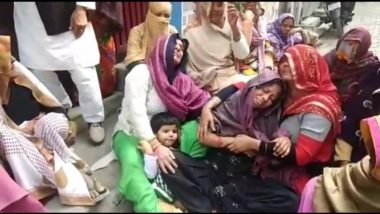 Karwa Chauth 2020 Celebrations Turn Tragic for Wife, as Husbands Gets Stabbed to Death for Resisting Robbery in Delhi's Moti Nagar