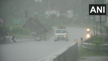 Cyclone Nivar Updates: 'Very Severe Cyclonic Storm' to Make Landfall Today, Heavy Rain Lashes Kanchipuram