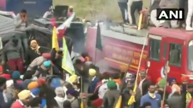 Farmers Protest: Punjab Farmer Unions Change Strategy, to March to Delhi Via Other Routes, Tear Gas, Water Canons Used at Protesting Farmers at Shambhu Border (Watch Video)