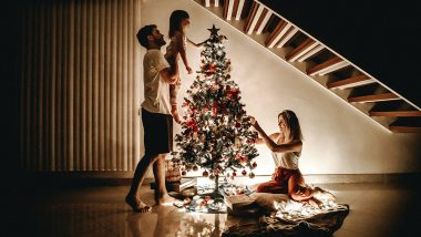 Christmas 2020 Safety Tips Amid COVID-19 Pandemic: From Inspecting Electric Sockets Before the X-Mass Tree Decoration to Staying at Home, 7 Ways to Celebrate the Holiday Season Safely!