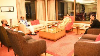 Akshay Kumar Meets UP CM Yogi Adityanath In Mumbai In Regards To UP Film City Launch (View Tweet)