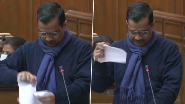 Arvind Kejriwal And Other AAP MLAs Tear Copies of Farm Laws; Delhi CM Says 'Every Farmer Has Become Bhagat Singh' (Watch Video)