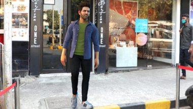Kartik Aaryan's Lookalike Spotted Again, This Time In Bandra; We Wonder What The Actor Is upto!