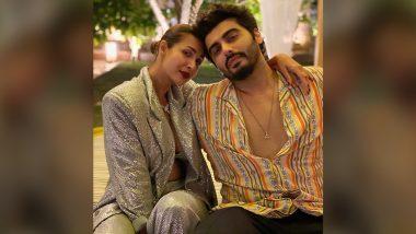 Malaika Arora Poses Alongside Beau Arjun Kapoor to Welcome New Year 2021 With Love and Gratitude
