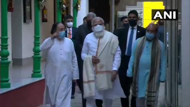 Netaji Subhas Chandra Bose 125th Birth Anniversary: PM Narendra Modi Arrives in Kolkata to Take Part in Freedom Fighter's Birth Anniversary Celebrations