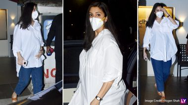 Anushka Sharma's Classic White Shirt and Denim Look Proves That She Is Winning the Maternity Fashion Game (View Pics)