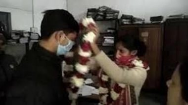 UP Cop Marries Live-In Partner At Bulandshahr Police Station, Other Personnel Play Role of 'Baraatis'