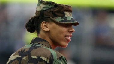 US Female Soldiers Can Now Shave Their Heads, Grow Their Hair Long, Colour Their Nails & Wear Earrings