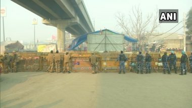 Farmers' Protest Updates: Heavy Security Deployment at Red Fort, NH-24 Open For Traffic Movement, These Metro Stations Remain Closed