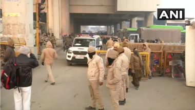 Farmers' Protest: Farmers At Ghazipur Border Continue Sit-in Protest,  Security Tightened at Several Places, Check Roads That Are Closed Today