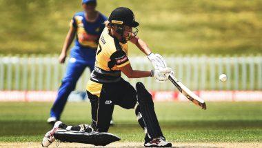 Sophie Devine Scores Fastest Century in Women's T20, Slams 36-Ball Ton During Wellington Blaze vs Otago Sparks in New Zealand's Twenty20 Super Smash (Watch Video)