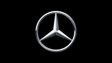 Mercedes-Benz Recalls 1.29 Million Vehicles Due to Failure in eCell Software