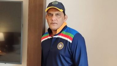 Mohammad Azharuddin Lashes Out at India, England Batsmen for Wearing 'Spikes When Batting' During IND vs ENG Day-Night Test