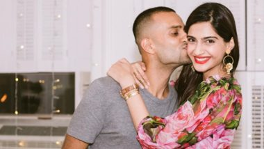 Ahead Of Valentine's Day, Sonam Kapoor Shares An Unseen Pic With Anand Ahuja From Their New York Trip Where He Proposed To Her