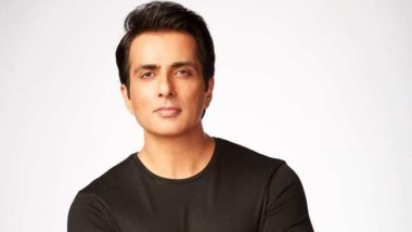 Sonu Sood Gets Critically Ill COVID-19 Patient Airlifted From Jhansi to Hyderabad