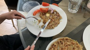Allu Paranthas With Knife & Fork? Gurinder Chadha Says 'Fiteh Mooh' After Her Child Insists To Eat the Delicious Dish With Cutlery (See Pic)