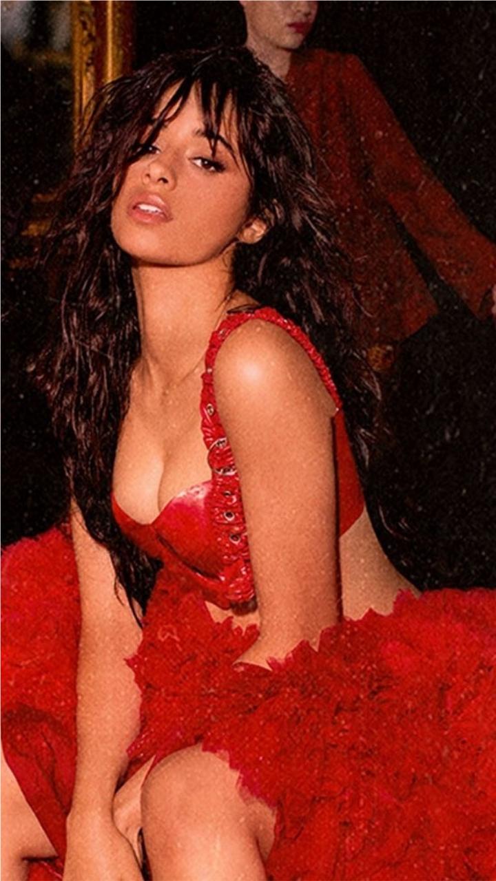 Cabello sexy camila Camila Cabello