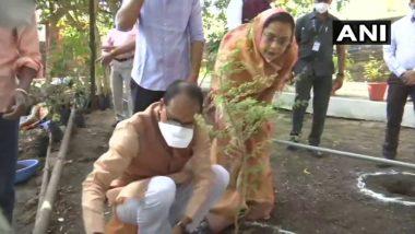 Shivraj Singh Chouhan 62nd Birthday: Madhya Pradesh CM Plants Saplings at His Residence, Urges All to Plant More Trees to Save the Environment