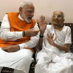 PM Narendra Modi's Mother Heeraben Modi Abused by BBC Radio Show Caller on Live Programme in UK; Twitterati Call For Boycotting The Network
