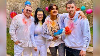 Holi 2021: Priyanka Chopra Jonas Celebrates the Day With Hubby Nick Jonas and His Parents (View Pics)