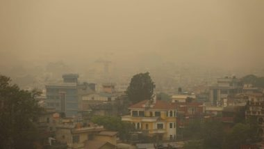 Nepal: Thick Layer of Smoke Engulfs Kathmandu and Other Cities, Several Flights Cancelled and Diverted; People Urged To Avoid Unnecessary Outdoor Activities