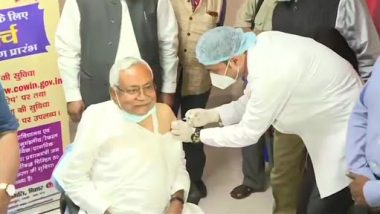 Bihar CM Nitish Kumar Takes First Dose of COVID-19 Vaccine in Patna (See Pic)
