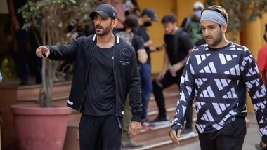 Pathan: Did John Abraham Join Shah Rukh Khan On The Sets of The Film? (View Pic)