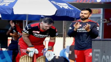 Virat Kohli Cheers for Glenn Maxwell as He Slams Towering Sixes During RCB vs KKR, IPL 2021 (Watch Video)