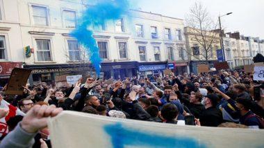 European Super League: Chelsea Fans Rejoice at Stamford Bridge As Club Pulls Out of Break Away Tournament (Watch Videos)