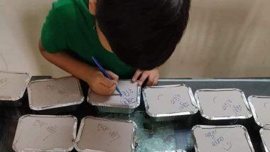 Little Boy Writes 'Khush Rahiye' on Meal Boxes Made by His Mom for COVID-19 Patients; Netizens Are in Love (View Pic)