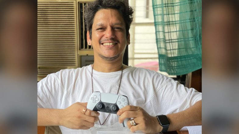 Vijay Varma Introduces His New Wife During the COVID-19 Pandemic and It Is Sony's PS5