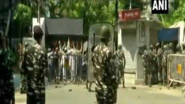 Narada Scam: TMC Supporters Pelt Stones on Security Forces Outside CBI Office in Kolkata