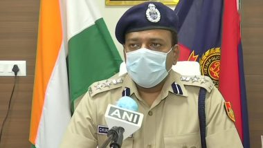 Low-Quality Masks & Fake Sanitiser Supply: Delhi Police PRO Chinmoy Biswal Ask People to Inform If They Have Any Information About it on COVID-19 Helpline Number