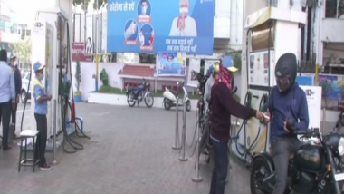 Fuel Price Hike: Petrol Prices Rise to Rs 90.99/Litre, Diesel to Rs 81.42/Litre in Delhi