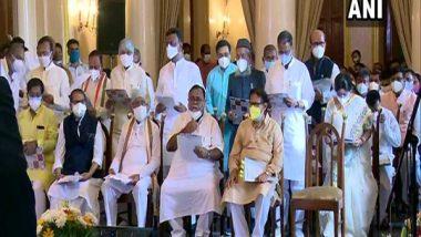 West Bengal Cabinet Expansion 2021: CM Mamata Banerjee Expands Cabinet, 43 TMC Leaders Sworn-in as Ministers at Raj Bhavan in Kolkata (See Pics)